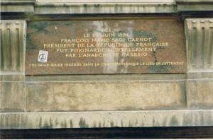 plaque-sadi-carnot-et-caserio-juin-1996